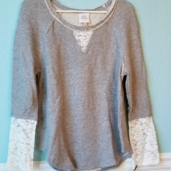 Knox Rose by Target Gray Lace Sleeve Sweater M